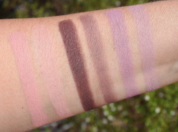 It-Cosmetics-naturally-pretty-palette-volume-2-eye-shadow-swatches-L