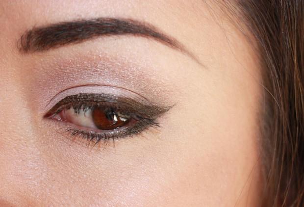 MAC Cool Neutral eye shadow palette look row 1 A MAC Cool Neutral palette swatches, looks and review