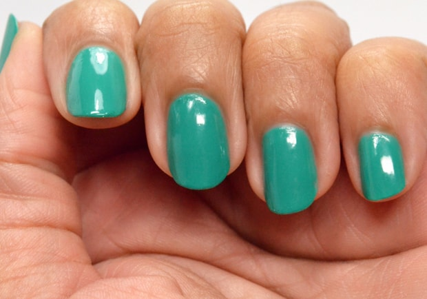 Essie Neon 2015 melody maker swatches 2 Essie Summer 2015 and Essie Neon 2015 swatches and review