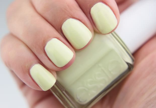 Essie-Summer-2015-chillato-swatches-2