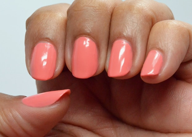 Essie-Summer-2015-peach-side-babe-swatches-2