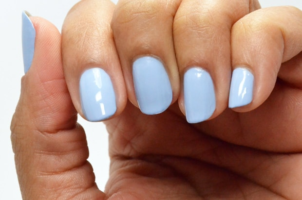 Essie-Summer-2015-salt-water-happy-swatches-2