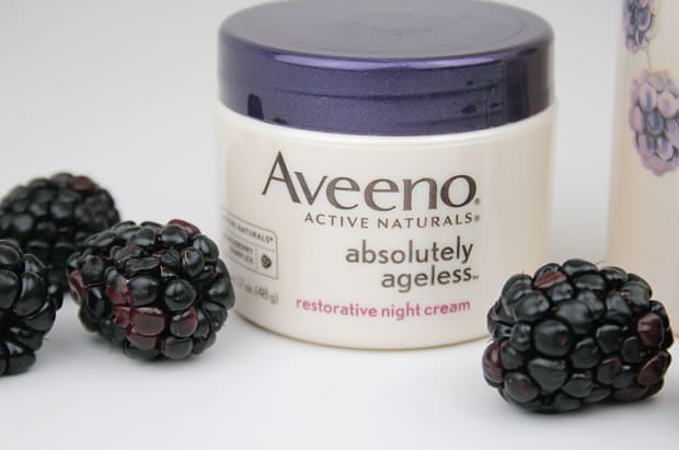 Blackberry Bliss: The Aveeno Absolutely Ageless collection