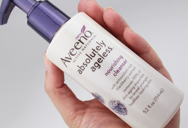 Aveeno Absolutely ageless nourishing cleanser review Blackberry Bliss: The Aveeno Absolutely Ageless collection