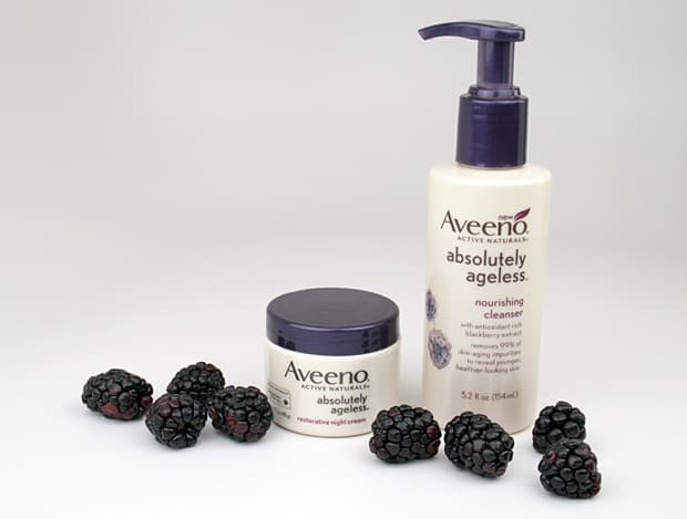Aveeno Absolutely ageless review Blackberry Bliss: The Aveeno Absolutely Ageless collection