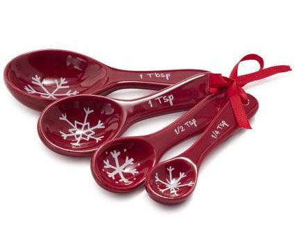 Gift-idea-for-baker-Sur-La-Table-measuring-spoons