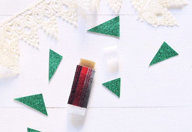 easy-DIY-Peppermint-Latte-Lip-Balm-08