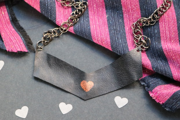 Easy DIY Projects: Heart Print Chevron Necklace