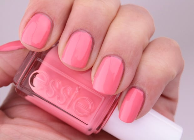 Essie Spring 2016 lounge lover swatches 4 Essie Spring 2016 swatches and review
