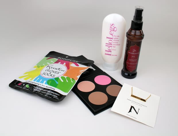 FabFitFun-Spring-2016-makeup-items-8