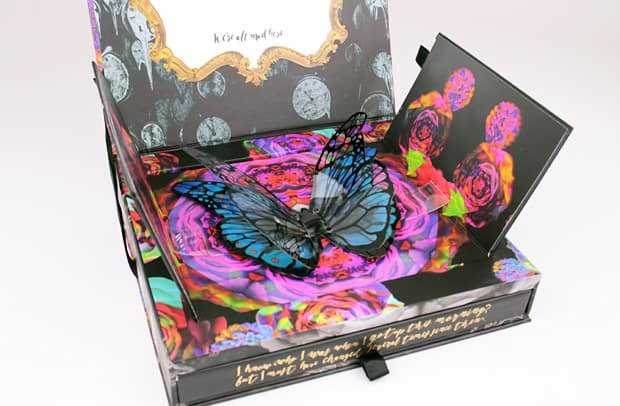 Urban Decay Alice Through the Looking Glass eye shadow palette packaging 6 Urban Decay Alice Through the Looking Glass eye shadow palette and lipstick   swatches and review (PIC HEAVY)