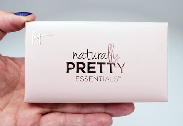 IT Cosmetics Naturally Pretty Essentials Palette 4 IT Cosmetics Naturally Pretty Essentials Matte Luxe Transforming Eyeshadow Palette review