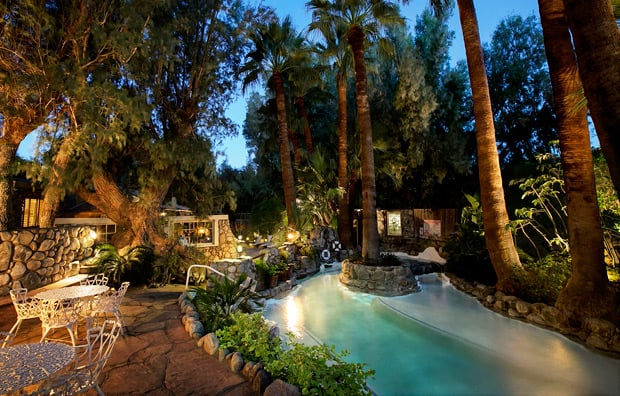 Two Bunch Palms grotto California Spa Review: Two Bunch Palms