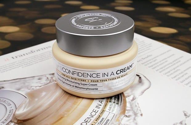IT Cosmetics Confidence in a cream 1 IT Cosmetics Confidence in a Cream review