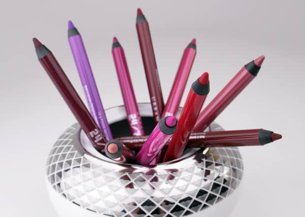 Urban Decay 247 lip pencil 1 Urban Decay Vice lipstick swatches, review and looks