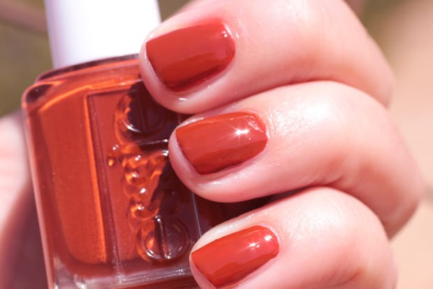 essie-playing-koi-fall-2016