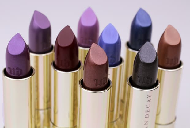 Urban Decay Vintage lipstick review 1 Urban Decay Vice Lipstick Vintage Capsule Collection swatches, review and looks