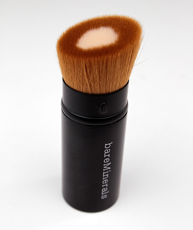 bareminerals Core Coverage Brush 2 bareMINERALS barePro Performance Wear Powder Foundation swatches and review