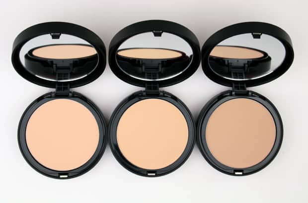 We Heart This shares a bareMINERALS barePro Performance Wear Powder Foundation review and set of swatches. See if this is a product for you.