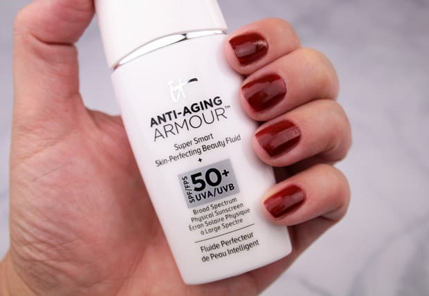 It Cosmetics Anti Aging Armour 6 This IT Cosmetics trio says Bye Bye to flaws, Hello to beautiful skin