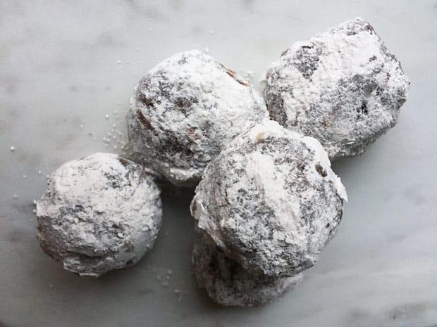 Hazelnut Chocolate chip snowball cookies Hazelnut Chocolate Chip Snowball cookie recipe