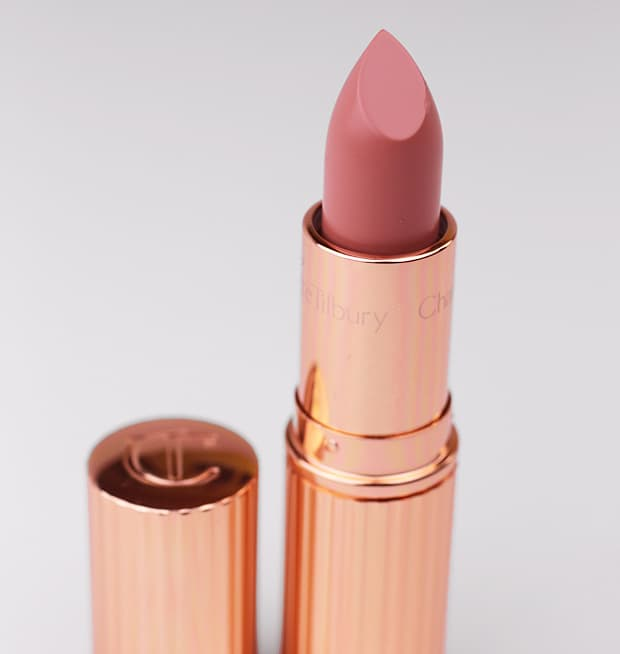 Charlotte Tilbury Penelope Pink lipstick 6 Charlotte Tilbury Quick N Easy Smokey Eye Evening Look swatches and look