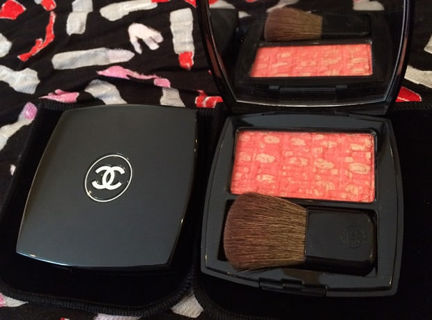 Chanel Tweed Coralline blush Chanel Blush Duo Tweed Effect swatches and review