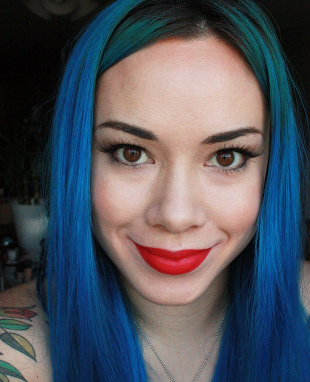 Urban Decay 247 Glide On Lip Pencil Wonderland swatches Urban Decay Red Lipstick Guide