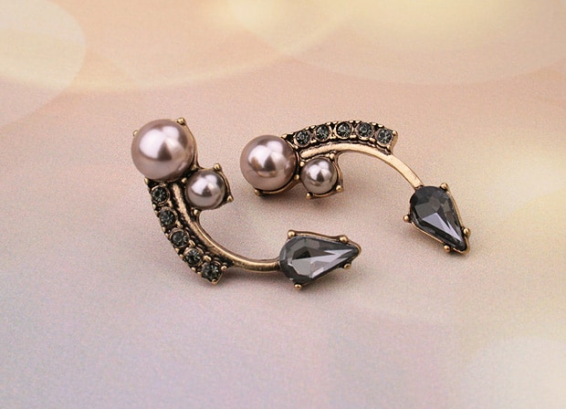 7 Charming Sisters jewelry Twilight earrings We heart 7 Charming Sisters jewelry (and want you win this GIVEAWAY)