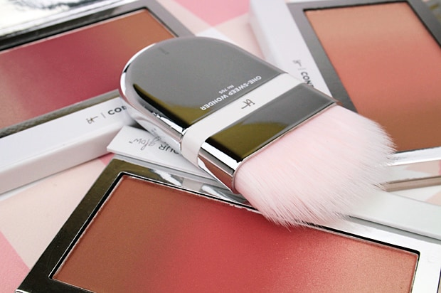 IT Cosmetics Confidence In Your Glow Blushing Bronzer swatches and review