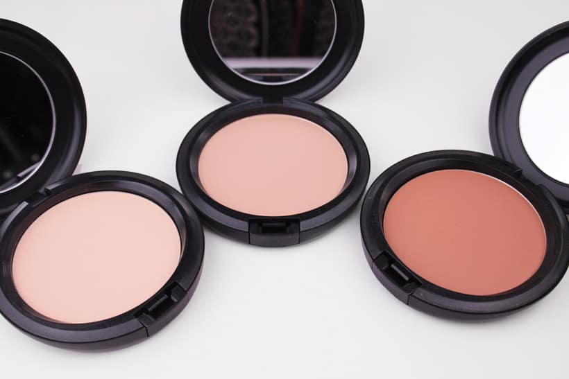MAC Next to Nothing Pressed Powder Light Medium Plus Dark deep MAC Next to Nothing Face Colour and Pressed Powder swatches and review