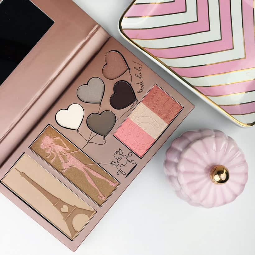 Manna Kadar Paris dream palette pink flatlay Manna Kadar Cosmetics Paris Dream Palette review and looks