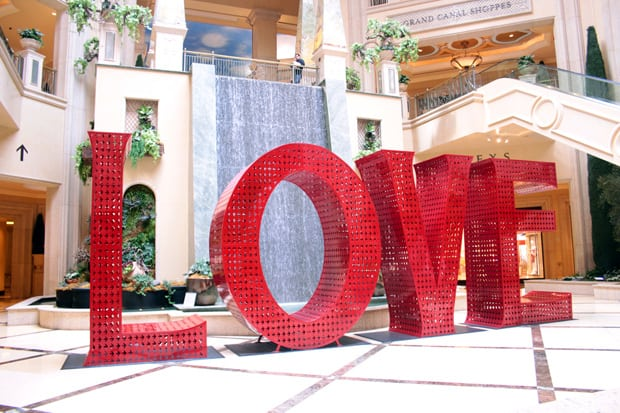 The Palazzo Las Vegas Love Statue Looking for Vegas Glamour? Look no further than The Palazzo...
