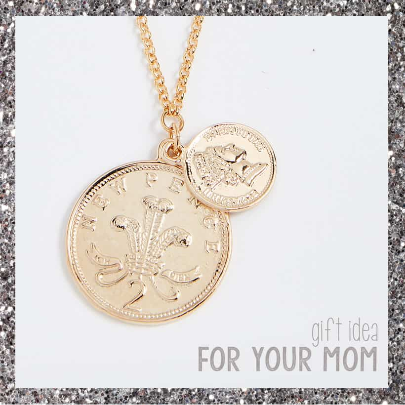 Shopbop gift idea for mom Shopbop Holiday Gift Guide for EVERY Family Member on Your Shopping List